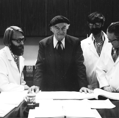 Alan Sheets working with Linus Pauling