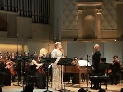 Birgitte Christensen performing with an orchestra
